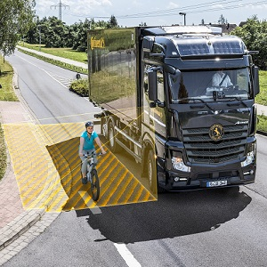 Safety as a retrofit solution – Continental launches turn assist system for commercial vehicles onto the market
