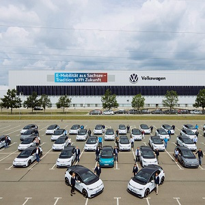 Stress test for everyday suitability: company employees in Saxony begin testing fleet of 150 ID.3