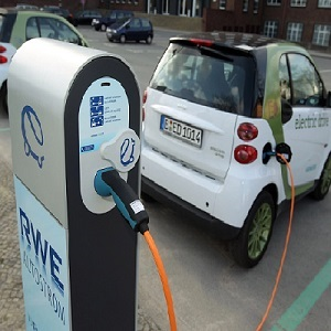 India: EESL to set up 2,000 EV charging stations in FY21