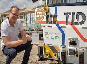 Photo of EasyMile's autonomous Tow-Tractor leads industry with IFOY AWARD win
