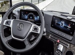 The truck cab revolution – ten questions and answers on the connected and intuitively operable Multimedia Cockpit in the Mercedes-Benz Actros