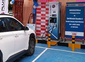 Photo of ABB India's first public DC fast charger for New Delhi with BYPL and EV Motors India unveiled