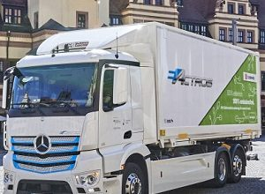 Photo of Locally CO2-neutral distribution transport for Leipzig: DB Schenker counts on the Mercedes-Benz eActros
