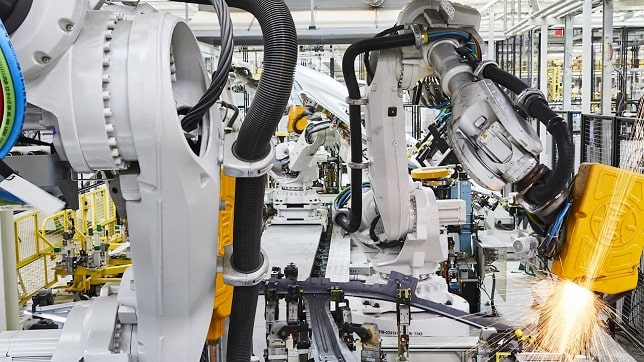 ABB builds on e-mobility business: VW Commercial Vehicles deploys 800 industrial robots to manufacture new electric vehicles
