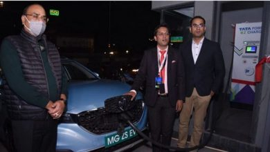 MG inaugurates Agra's first superfast 60 kw EV charging station at MG showroom