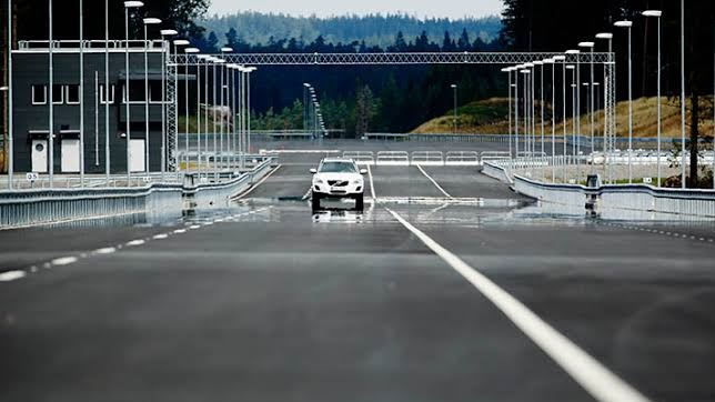 The world's longest indoor test track for self-driving vehicles