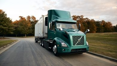 Photo of Volvo Trucks leads electrification of North American trucking industry with commercialization of Volvo VNR Electric model