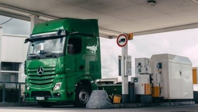 Mercedes-Benz trucks pay automatically for fueling at Shell stations
