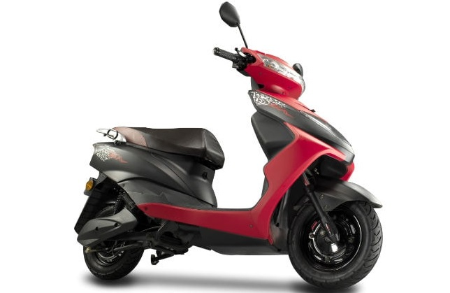Ampere electric scooters more affordable with FAME II revised subsidy, announces price reduction upto Rs. 9000