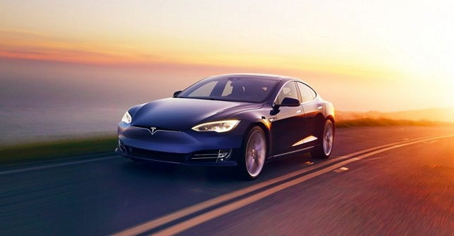 Tesla sold more than 430K electric vehicles from 2018-2021 – 74% share of US EV market