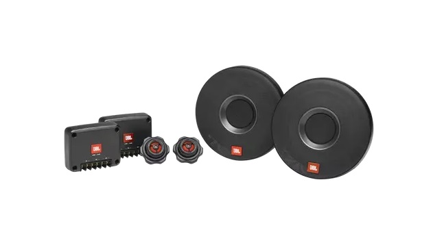 JBL® ignites the car aftermarket audio experience with the launch of CLUB 605 CSQ and Celebrity 100 in India