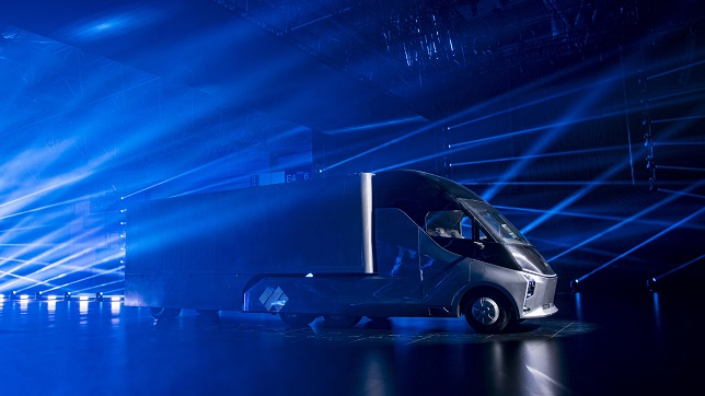 Baidu-backed DeepWay unveils smart new energy heavy-duty truck to automate road freight